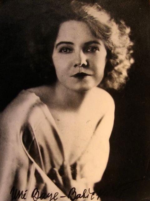 Unė Babickaitė (1930-32 metai, Paryžius)