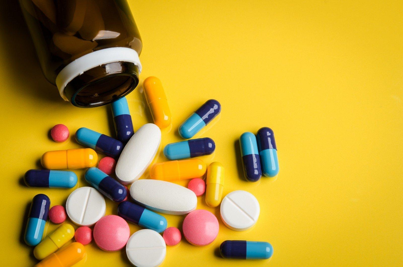 Фармкомпании в России ограничили выпуск жизненно важных лекарств