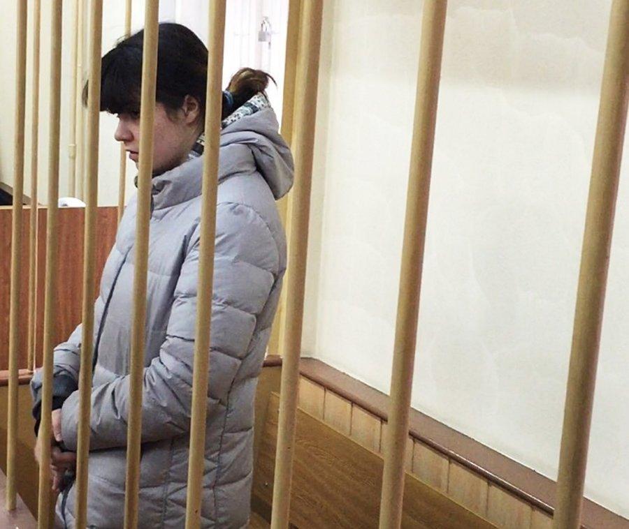 Военный суд признал легитимным продление ареста студентки МГУ Карауловой