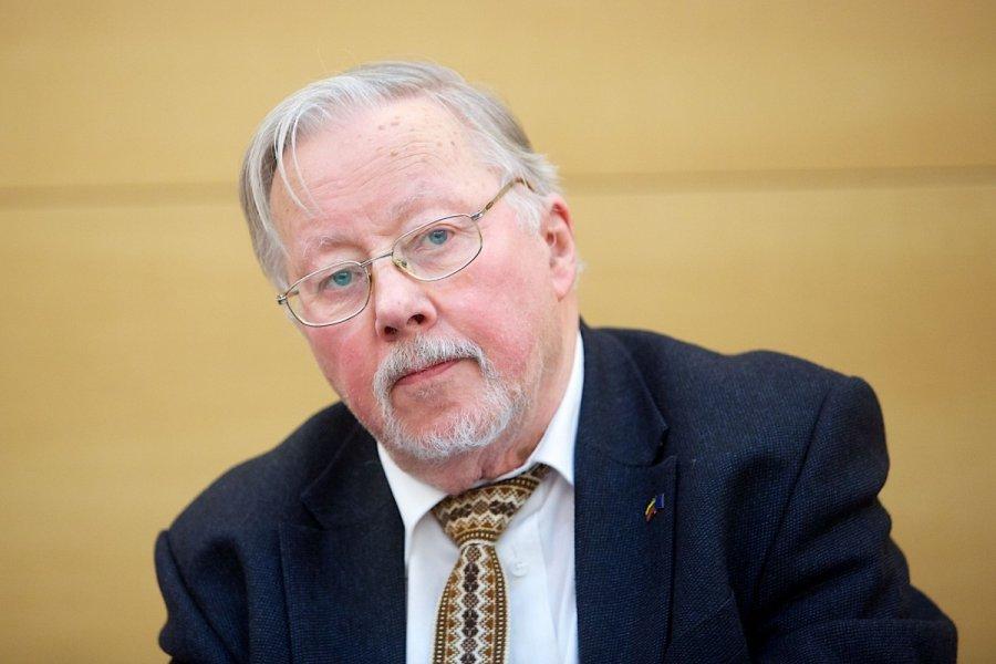 V. Landsbergis atkirto: pati Rusija tikriausiai neteisėta - DELFI