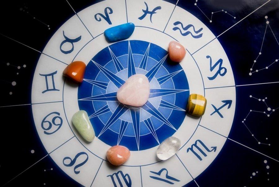 Akmenu reiksme pagal zodiako zenkla